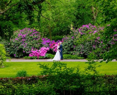 Trouwen tussen de bloemenpracht van Mondo Verde